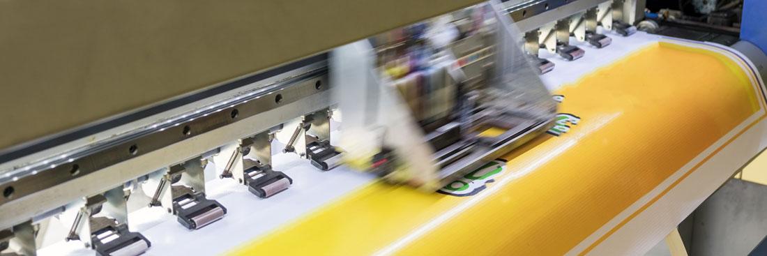 Digitaldruck-Maschine zum Plotten von Motiven von Schilder Warweg aus Bielefeld