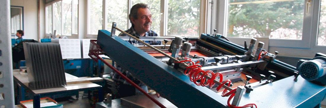 Flachbettsiebdruck-Maschine zum Schilderdruck